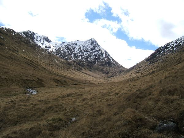 Looking up Glen Cuirnean towards Streap