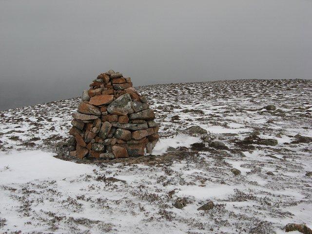 Cairn on Creag Mhigeachaidh