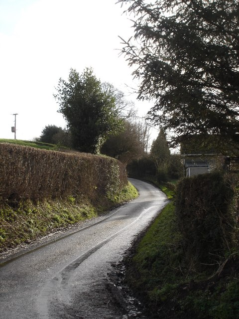 Uphill into Ludwell