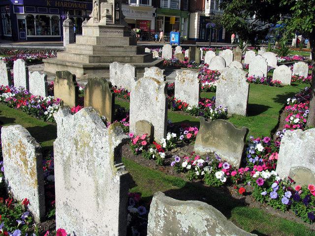 St Peter & St Paul, Cromer, Norfolk - Churchyard