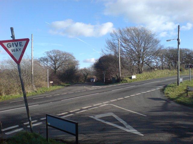 Road junction just south of Trimsaran