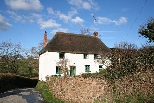 Chulmleigh: cottage near Farrier's Bridge