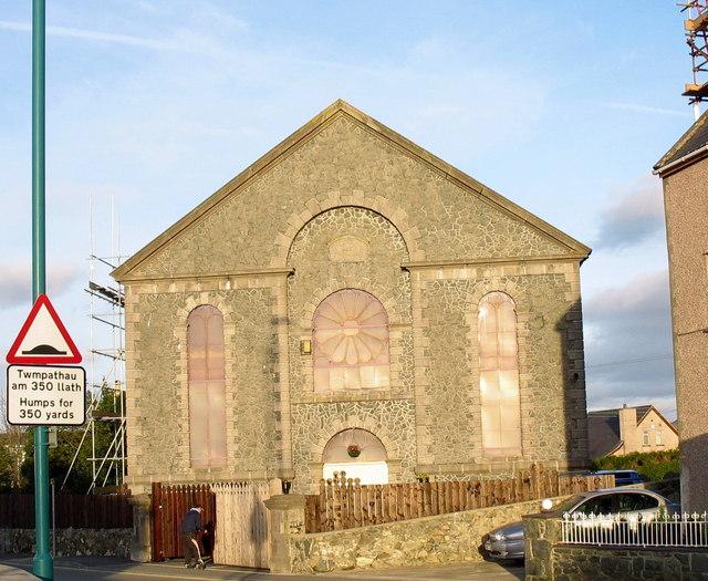 The former Capel Mawr, Llanrug