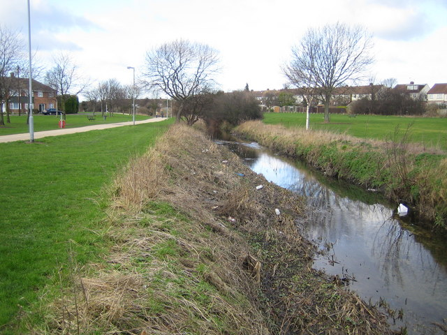 River Lee in Limbury