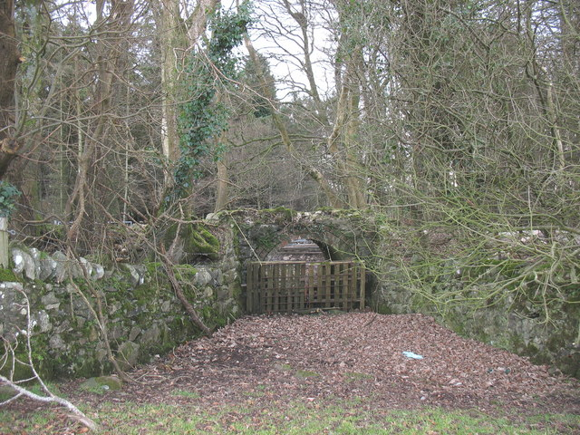 A farm access portal under the old L&NWR branch line trackway