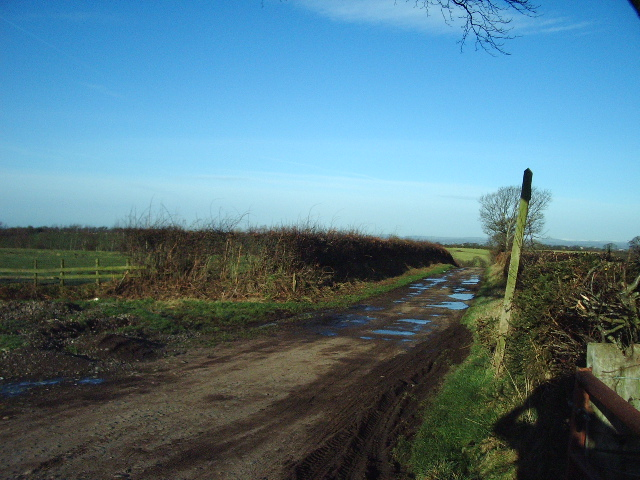 Public footpath to Burgh by Sands