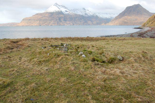 Hut circle at Claddach a' Ghlinne