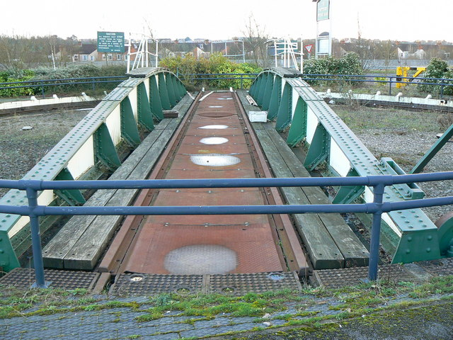 Preserved turntable, Penzance Drive, Swindon