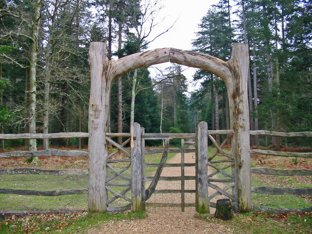 Gateway, Blackwater Arboretum, New Forest