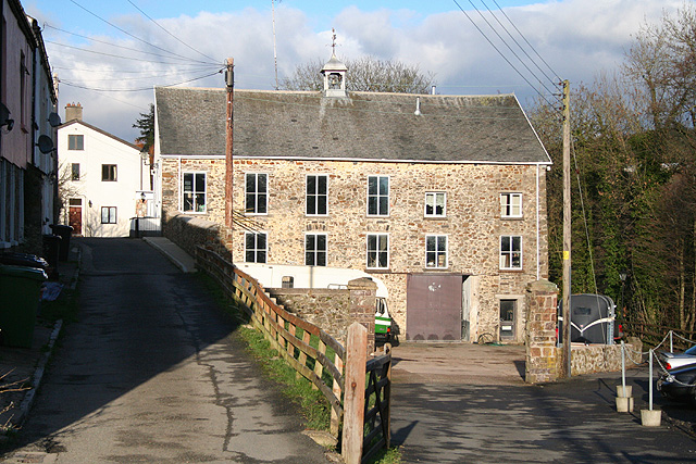 South Molton: Higher Mole Mills