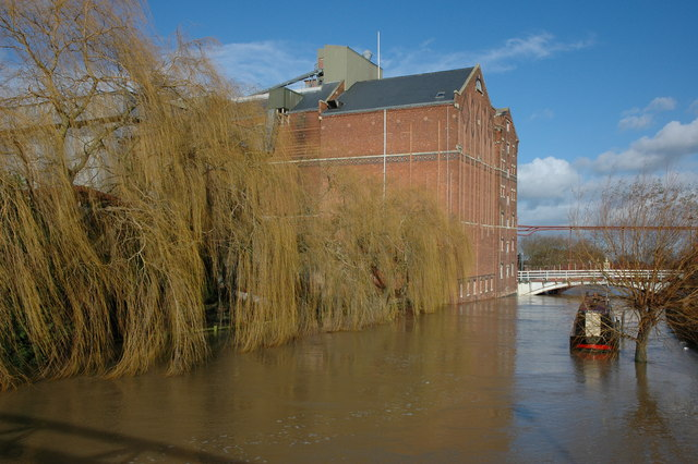 Healing's Mill and a flooded Mill Avon, Tewkesbury