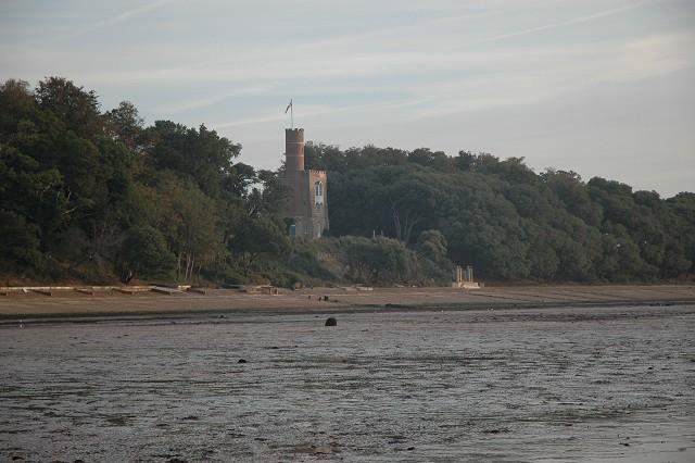 Luttrell's Tower, Calshot Beach