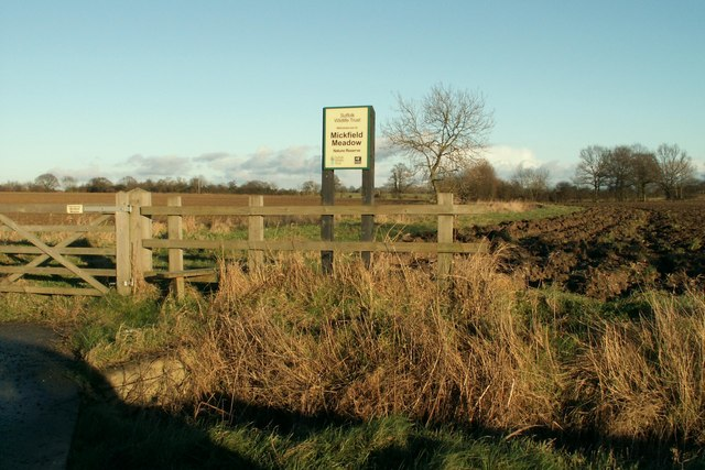 Entrance to Mickfield Meadow