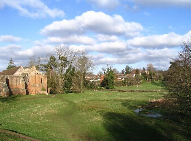 Kenilworth Castle and Little Virginia