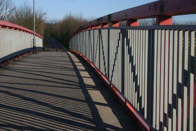 Footbridge across A14
