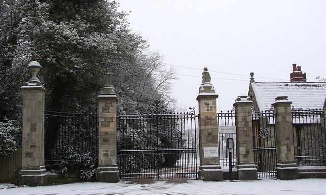 Wrotham Park Gates