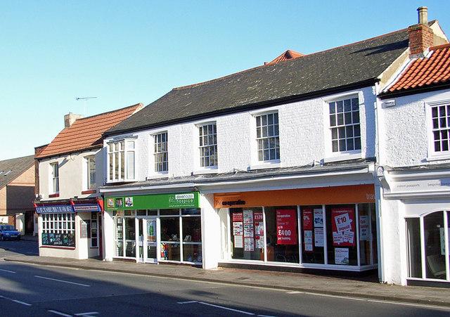 Pub & Shops on Southgate, Hessle