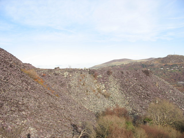 South-eastern rubbish runs of Upper Glynrhonwy Quarry