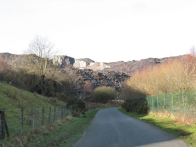 The Clegyr road approaching the Glynrhonwy Quarries