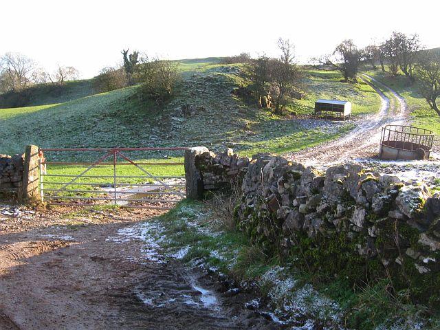 Footpath from Dam Lane