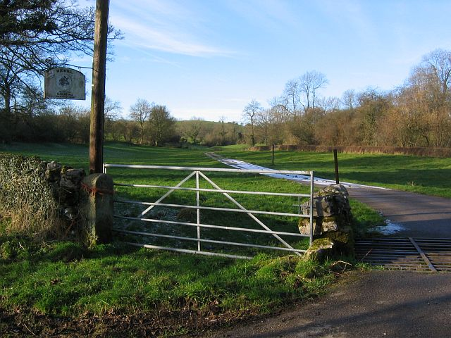 Entrance to Midhill Farm