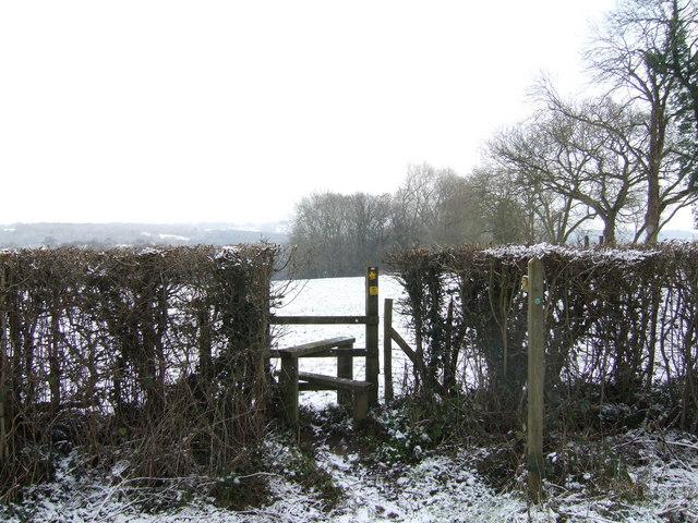 Footpath to Highfields Farm