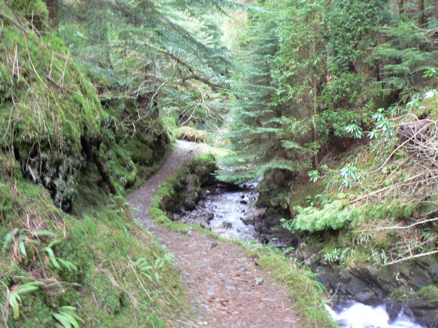 Path through Puck's Glen