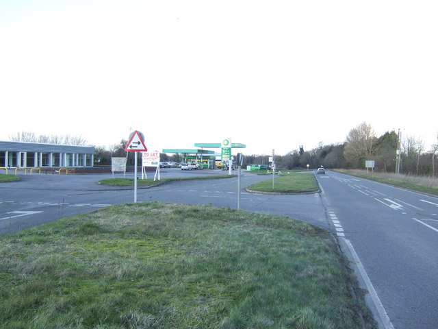 Filling station by the A4260