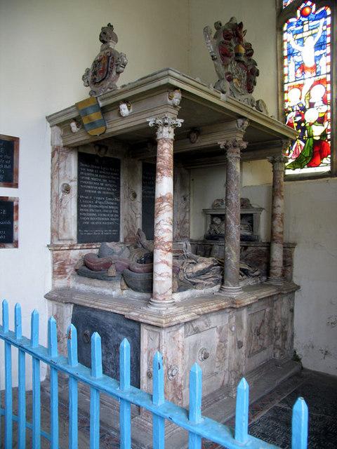 St Edmund, Emneth, Norfolk - Tomb chest