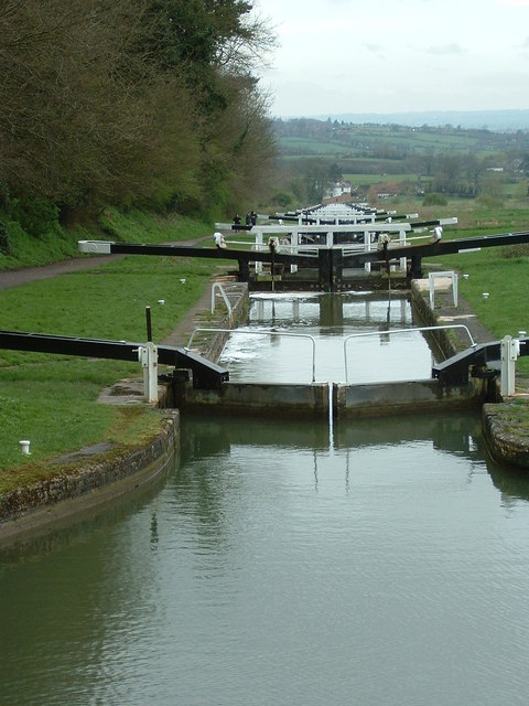Caen Hill Flight, Lock 44 Downwards