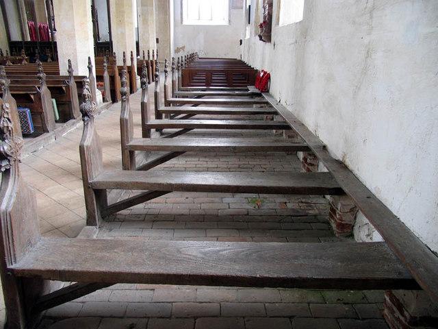 St Agnes, Cawston, Norfolk - Pews