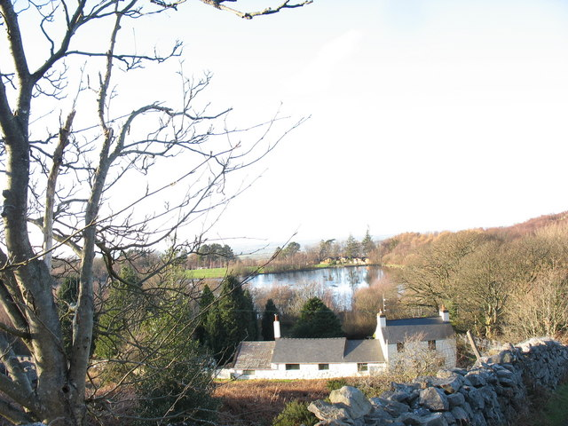 Lakeside Cottage and Llyn Bryn Bras