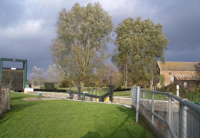 Lock Gates on River Nene at Elton
