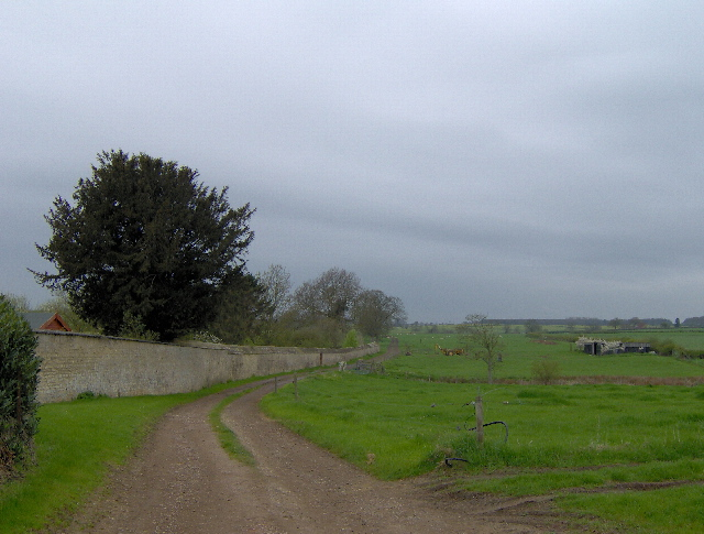 Track by Hall Farm, Lillingstone Lovell