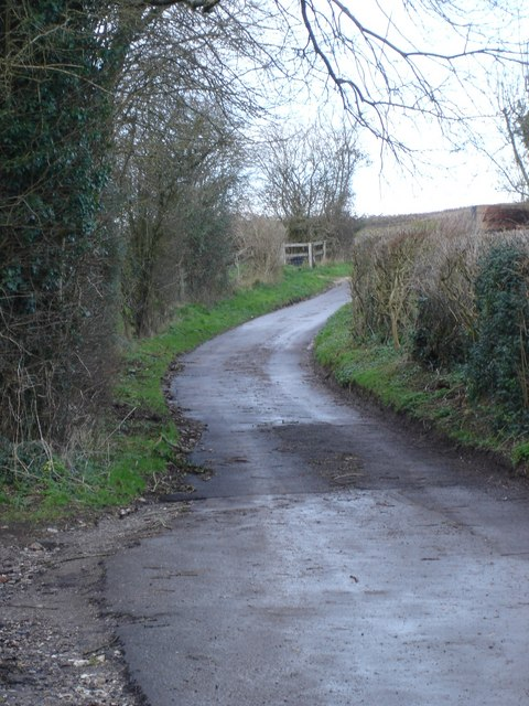 Road down to Well Bottom