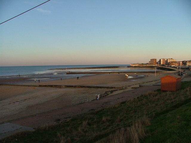 Minnis Bay looking east
