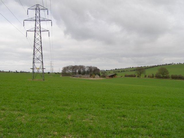 Field west of Warren Farm Cottages