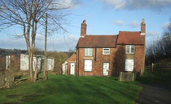 Leaning farmhouse on the Wren's Nest