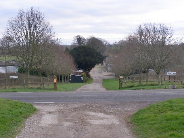 Entrance to Holden Farm from the A272