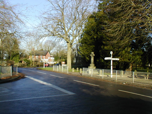 Crossroads in Awbridge