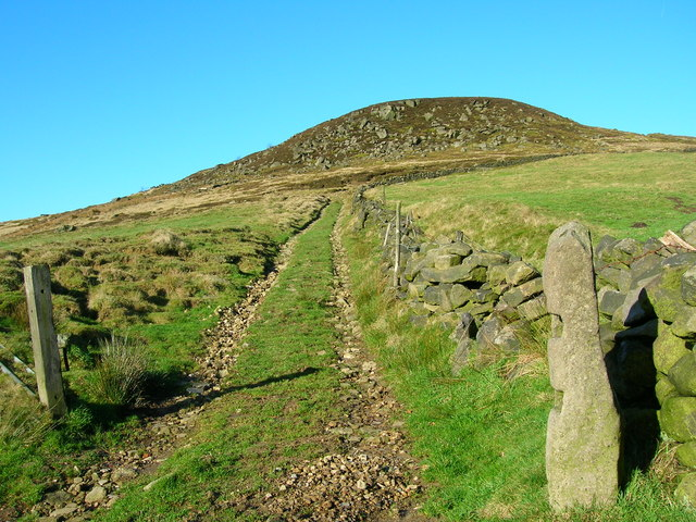 Access track to the Whirlaw Stones