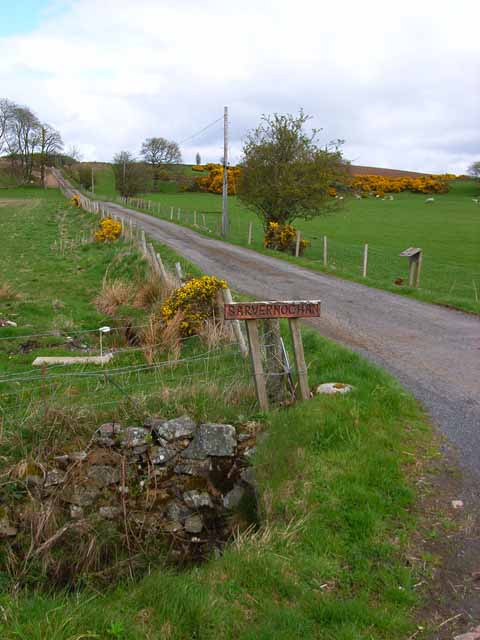 Driveway to Barvernochan