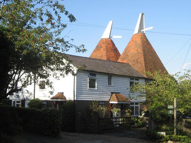 Cooper's Farm Oast & Bellhurst Oast, Merriments Lane, Hurst Green, East Sussex