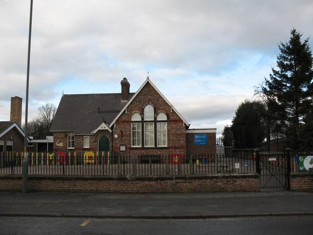 Carlton Miniott primary school