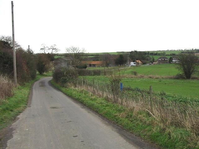 View along Woodlands Road towards Adisham.