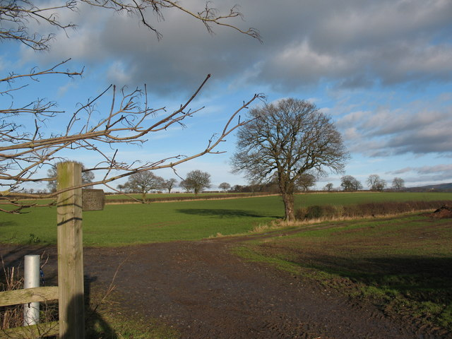 Footpath to Crosby Court Grange