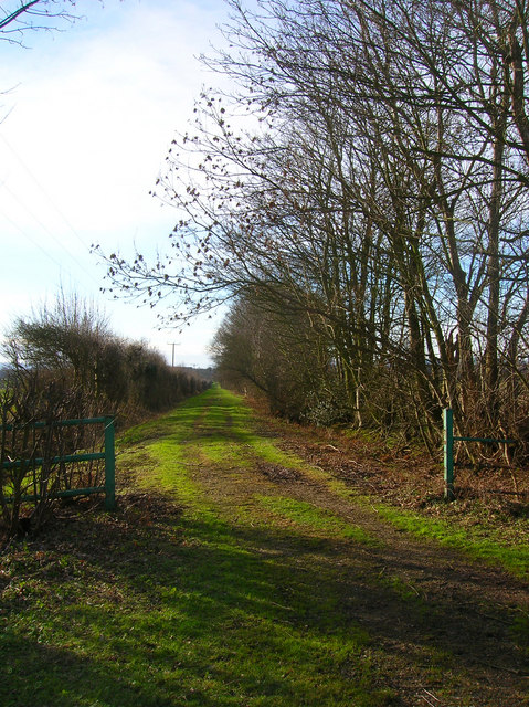 Footpath to Laughton Park Farm