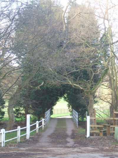 Old entrance to Thickbroom Farm
