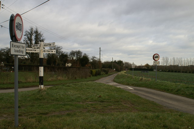 Cheney's Lane & Valley Farm Lane intersection, Forncett St Mary