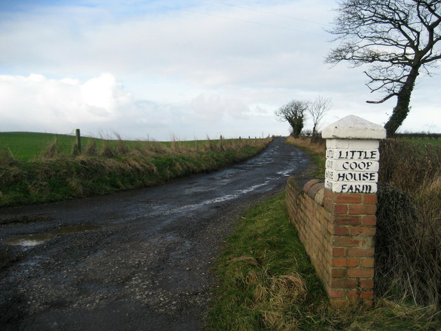 Entrance to Little Coop House Farm